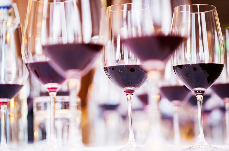 Primary vs tertiary wine aromas: what's the difference?